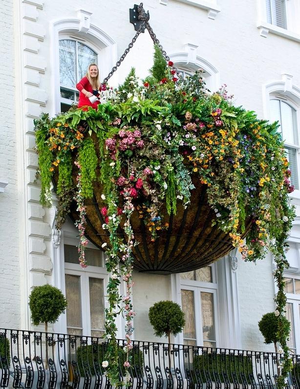 Стильный дизайн балконов. 53 примера.