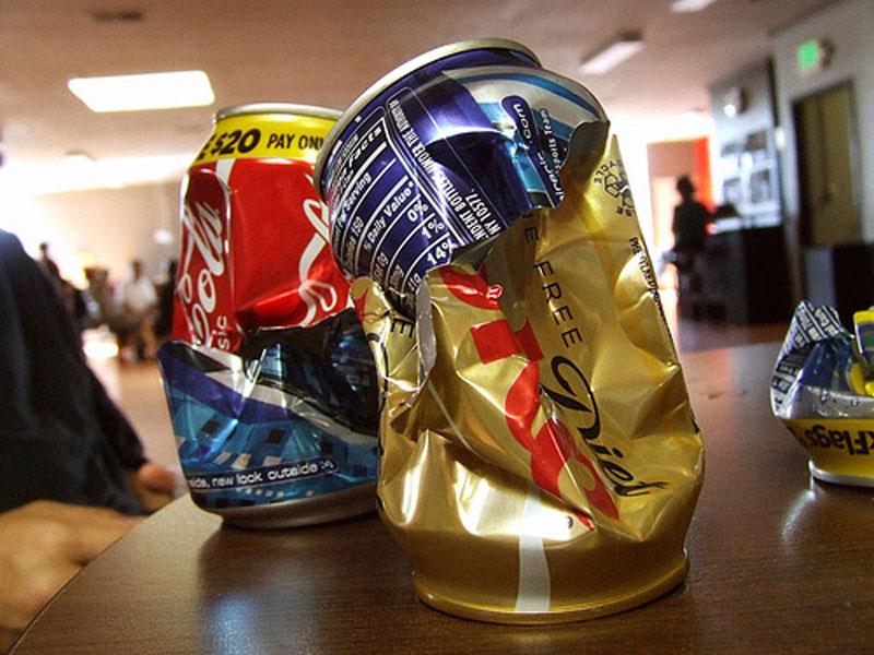 pepsico vs coca cola essay Pepsi vs coca-cola sizer competitive strategies : pepsico vs coca-cola akin dundar 200068711 mba/finance 1/30/2013 every company has a descripted or non-descripted competitive strategy if they have at least a competitor in the industry.