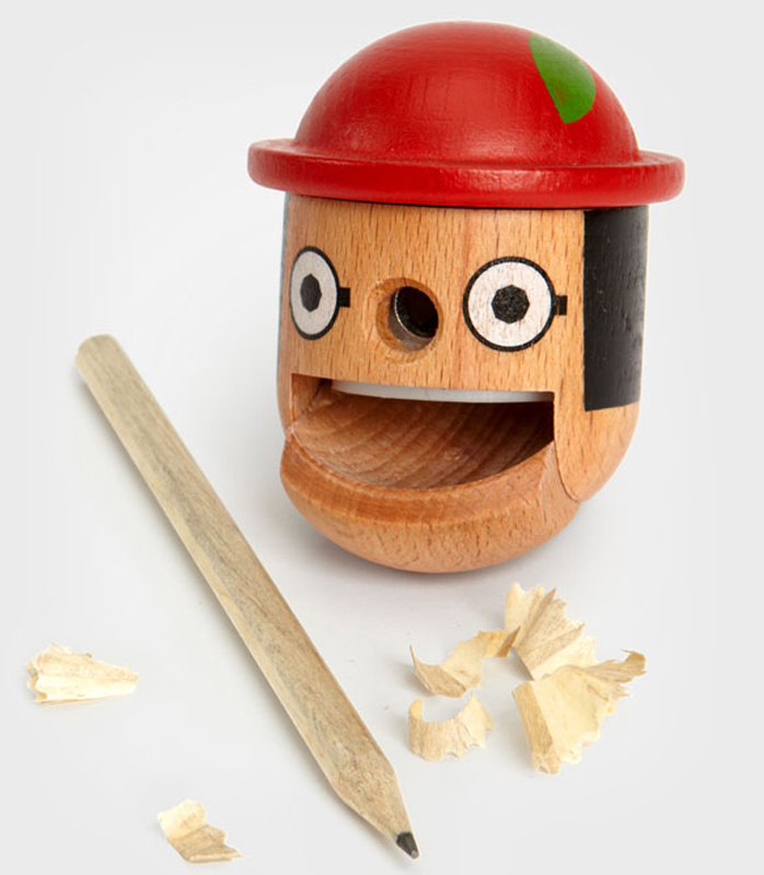wooden32.jpg