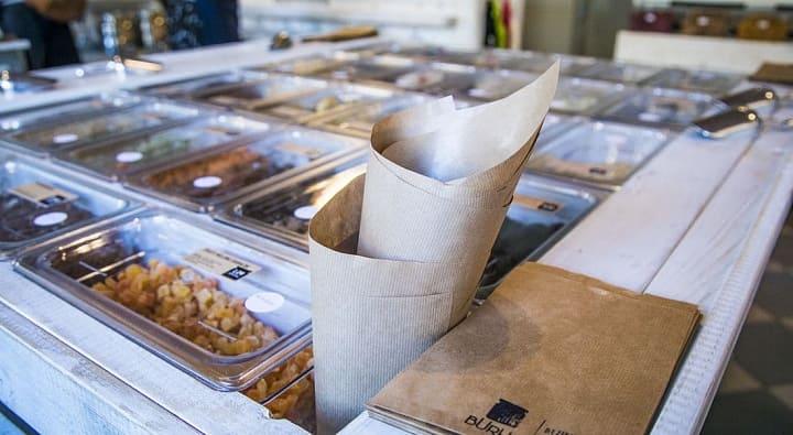 """Бизнес-тренд Unpackaged: """"нет"""" упаковке"""