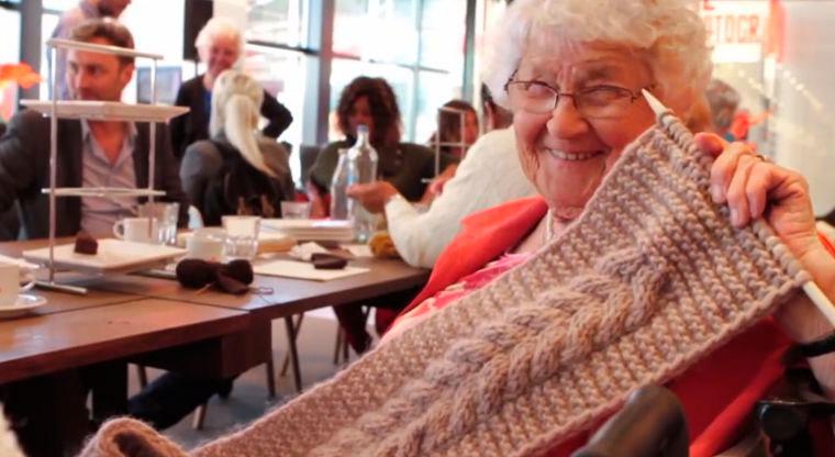 Вязание для пожилого человека