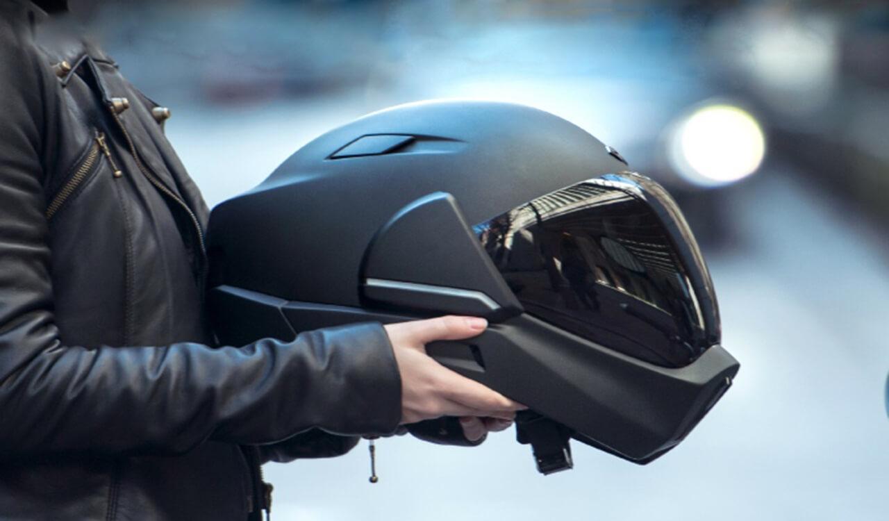 Бизнес-идея №6035. Мотошлем с круговым обзором