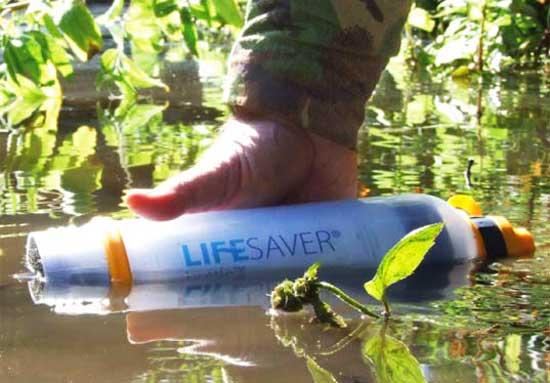 Благодаря уникальному фильтру пить можно воду даже зараженную фекалиями, не говоря о каких-то жучках и бактериях.