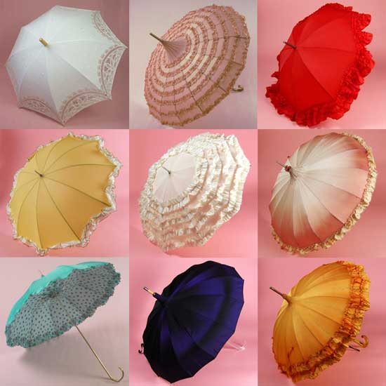 Свадебный винтажный зонт можно подобрать по цвету и стилю к платью, общему оформлению интерьера и т.п.