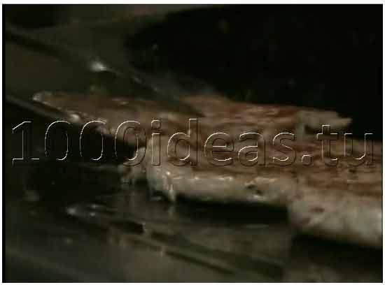 Ресторан, который кормит посетителей мясом львов