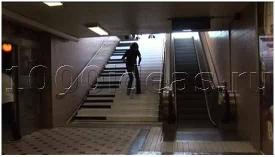 Музыкальная лестница против лишнего веса