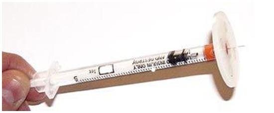 Идея № 2107. Усовершенствованный инсулиновый шприц для безопасных инъекций