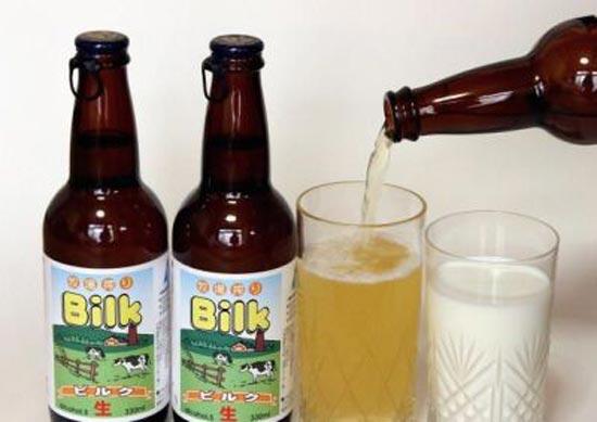В Японии, на острове Хоккайдо, в городе NAKASHIBETSU придумали варить необычное пиво с молоком или молочное пиво.