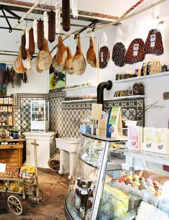 Магазин деликатесов и пластинок Tongues пользуется в Вене популярностью и среди местных жителей, и среди туристов.