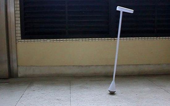 """""""Balance Stick"""" - трость, сохраняющая равновесие, лишена всех недостатков, свойственных другим моделям"""