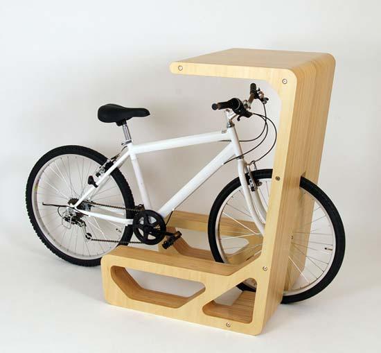 Архитектурная компания STORE MUU разработала мебель для велосипедистов.