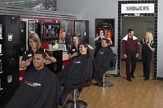 Американец Гордон Логан (Gordon Logan) организовал сеть франшиз под названием Sport Clips Inc.