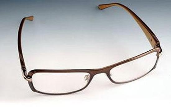 Компания PixelOptics из Америки разработала инновационные очки нового поколения  emPower