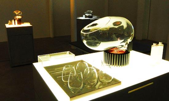 Аппарат для вдыхания торта и всяких других вкусностей Le Whaf изобрел профессор университета Гарварда Дэвид Эдвардс (David  Edwards).