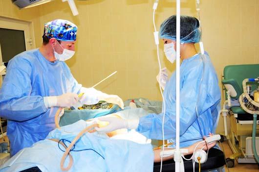 Клиника пластической хирургии, расположенная в округе Семинол (штат Флорида, США) открывает банк, в котором пациенты клиники, прошедшие процедуру липосакции, могут сохранить удаленный жир на будущее.