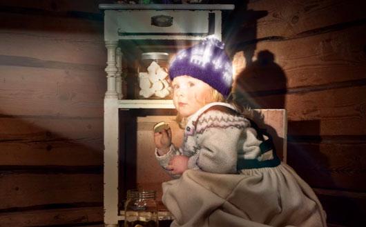 Компания Morild Norway AS выпустила свою первую коллекцию светящихся шапок осенью 2011года.