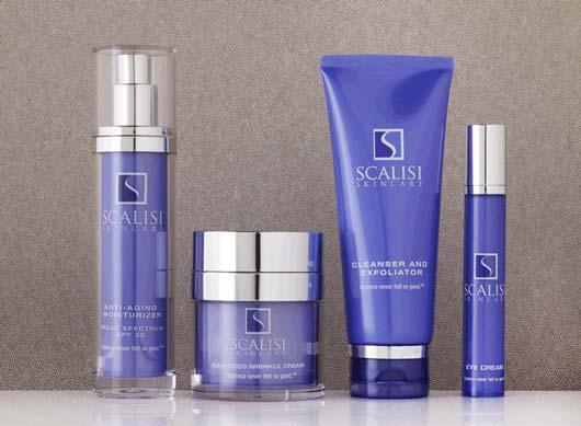 Джилл Скализи (Jill Scalisi) с Wall Street оставила блестящую карьеру банковского инвестора, которой отдала 20 лет жизни, и стала производить косметику для раковых больных под собственной торговой маркой Scalisi Skincare.