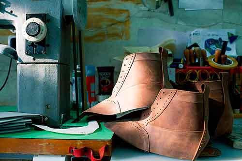 открыть обувную мастерскую