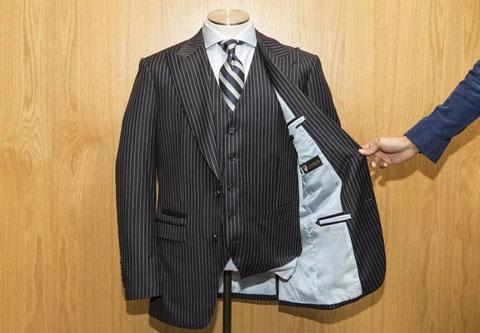 пуленебровимаемый мужской костюм-тройка